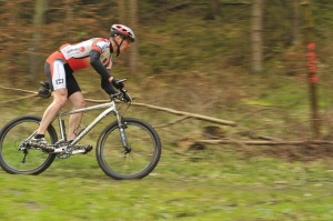 cycling-races-1406477_1920